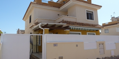 Town house on 2 levels  - Sale - Pilar de la Horadada - Torre de la Horadada
